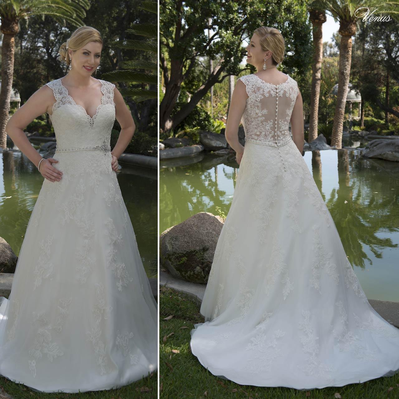... Abito da sposa per taglie forti articolo VW8738B Venus Bridal Italia ... 7f3ff6bd87e
